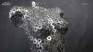 Frauen Skulptur aus Metall